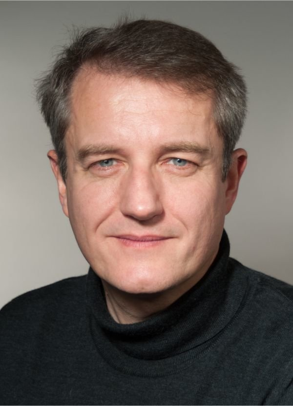 The International Centre for Diffraction Data (ICDD) announced Prof. Dr. E. Robert Dinnebier as Director-at-Large (2016-2020).
