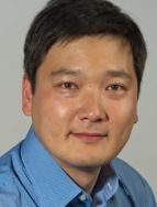 "Dr Bum Joon Kim wins the Coles Prize ""For seminal contributions to the discovery and experimental study of an unconventional Mott insulating state induced by relativistic spin-orbit coupling in the transition metal oxide Sr2IrO4"". (08.2013)"