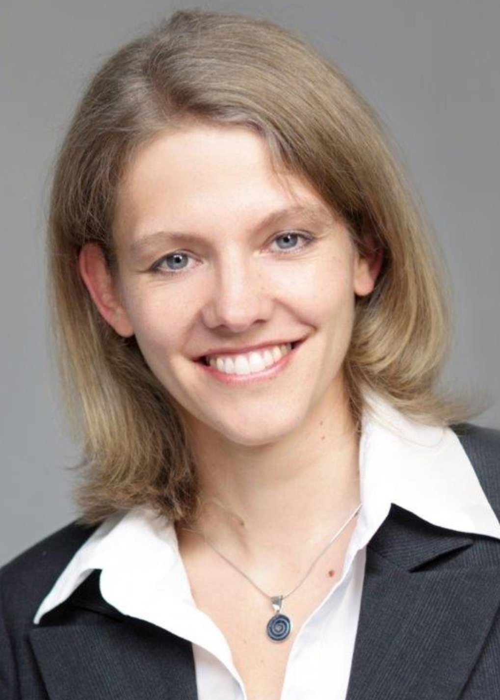 Professor Bettina Lotsch