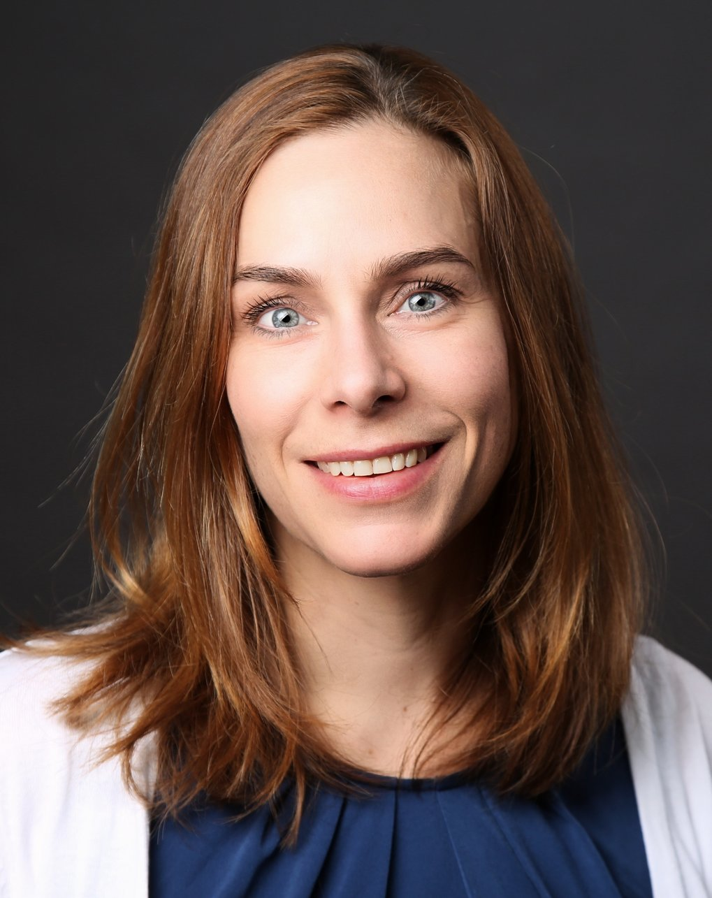Eva Benckiser received the Walter-Schottky-Prize of the German Physical Society for her outstanding contributions to research on complex materials with correlated electrons. By developing x-ray spectroscopic methods she obtained novel insight into the electronic structure of metal-oxide interfaces and created a promising basis for targeted manipulation of their magnetic and transport properties. http://www.dpg-physik.de/preise/preistraeger2019.html#Walter-Schottky-Preis